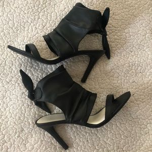 FIONI leather open toe heels